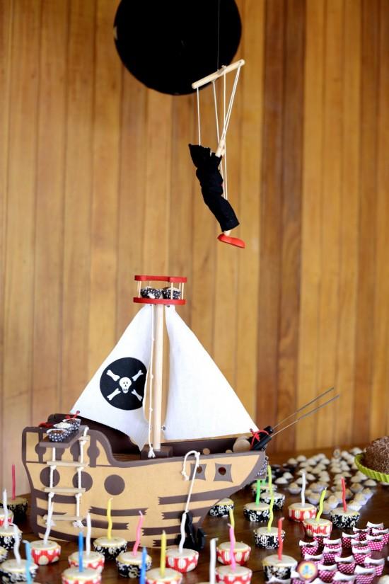 Festa infantil Piratas por Estéfi Machado para a coluna Feito a Mãe da revista n.magazine
