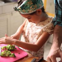 kids-cooking-nmagazine-cupcake-omelette